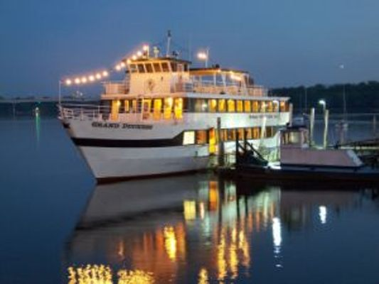 Afton*Hudson Cruise Lines Octoberfest Beer & Dinner Cruise